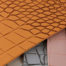 鑫茂盛 鳄鱼纹PVC革 1.9mm麂皮绒底 喷涂 适用于:箱包手袋、鞋革等、